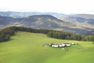 Exclusive Australian accommodation for groups at Spicer Peak Lodge
