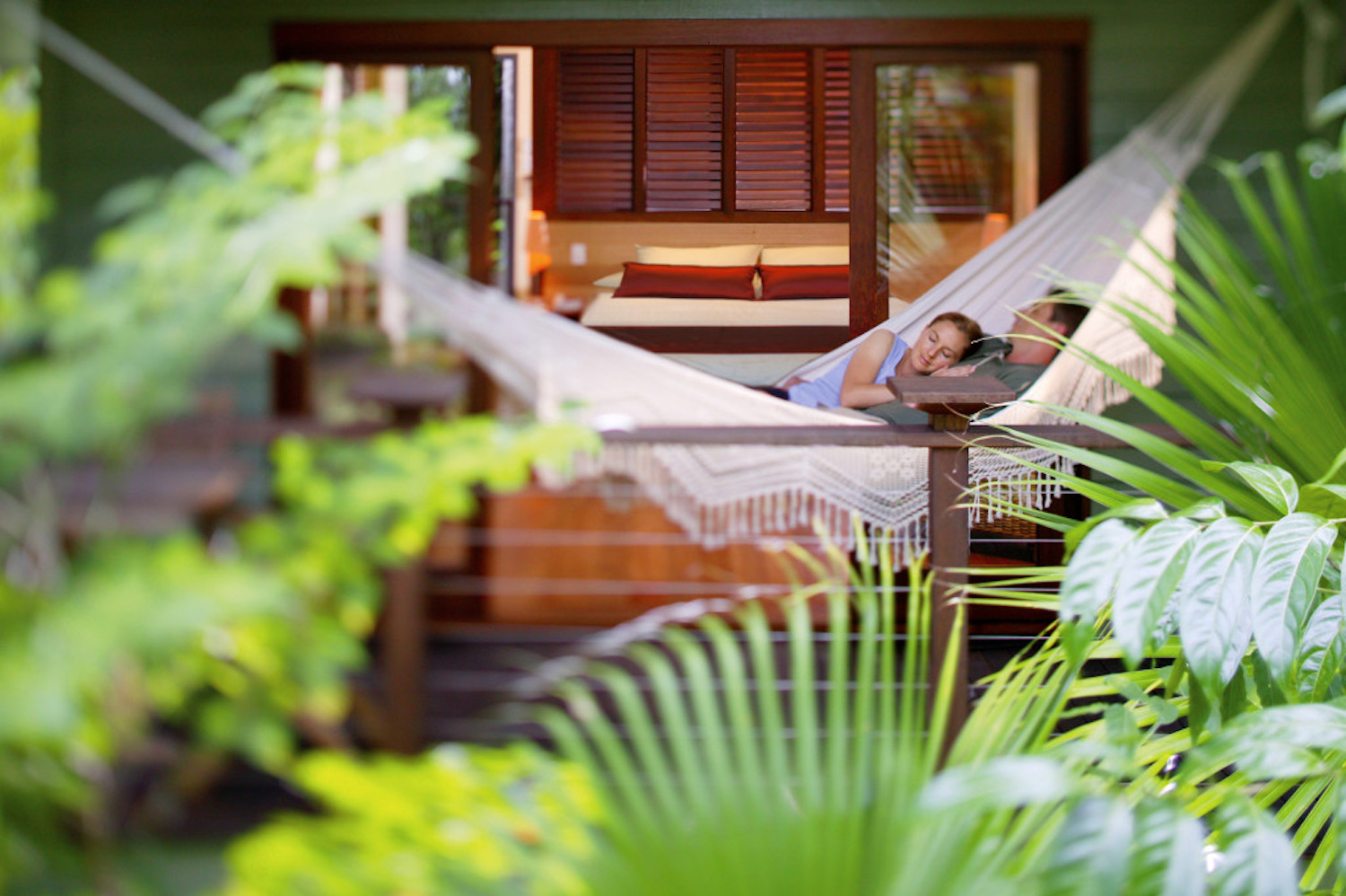 Relaxing in the tropical surrounds of Silky Oaks Lodge