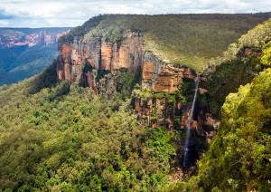 australia-blue-mountains-national-park-govetts-leap-lookout